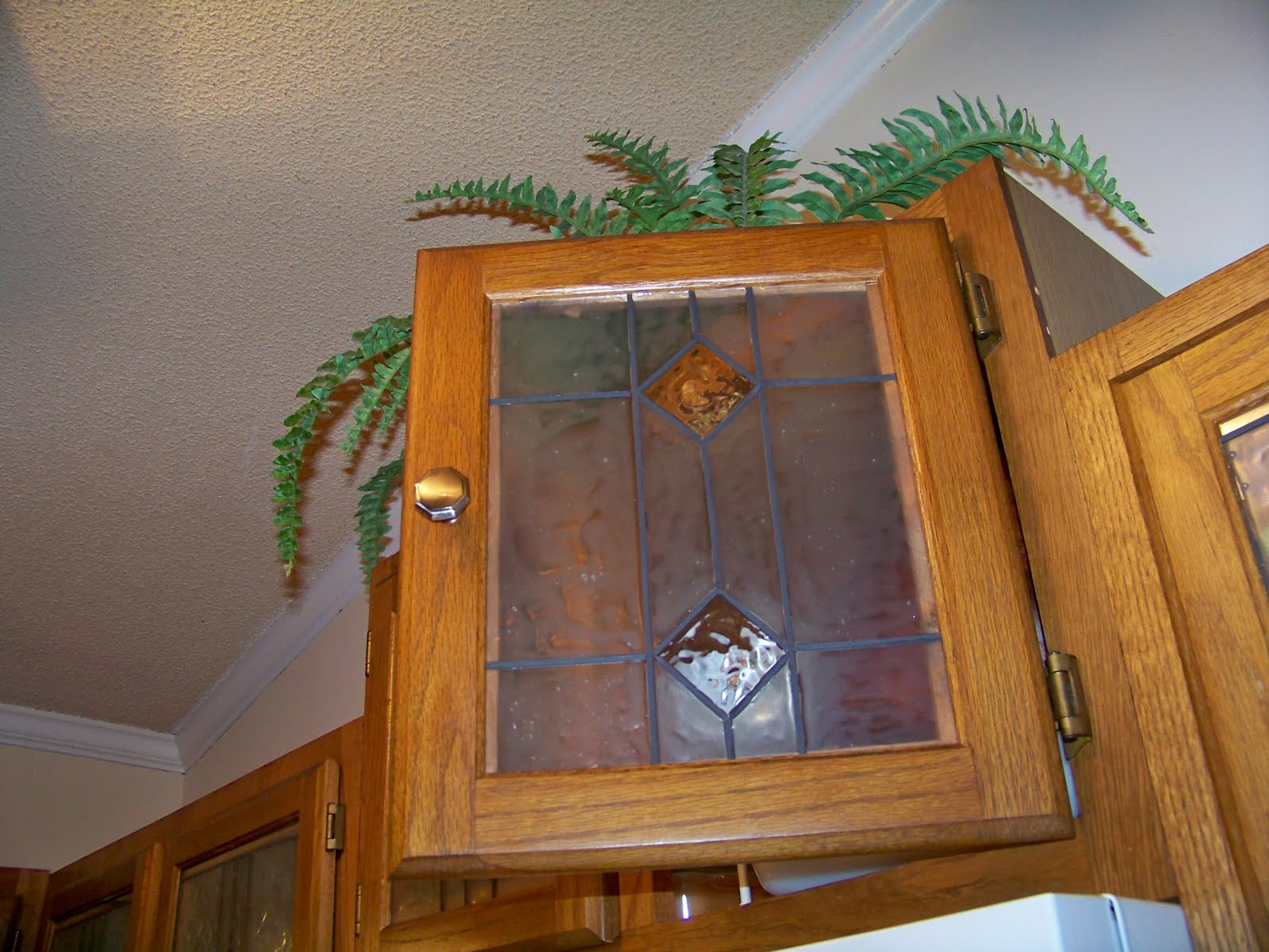 ART BY ANN: Stained Glass Kitchen Cabinets