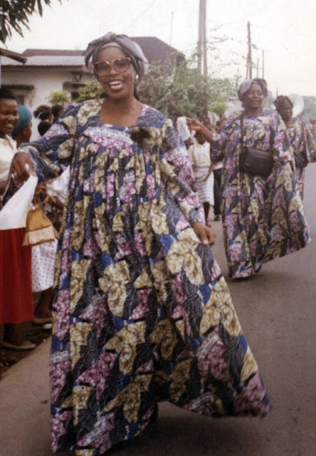Kaba+at+procession Duala (Douala) People:  One Of The Cameroonian Coastal Ethnic Group To Have Early Contact With Europeans