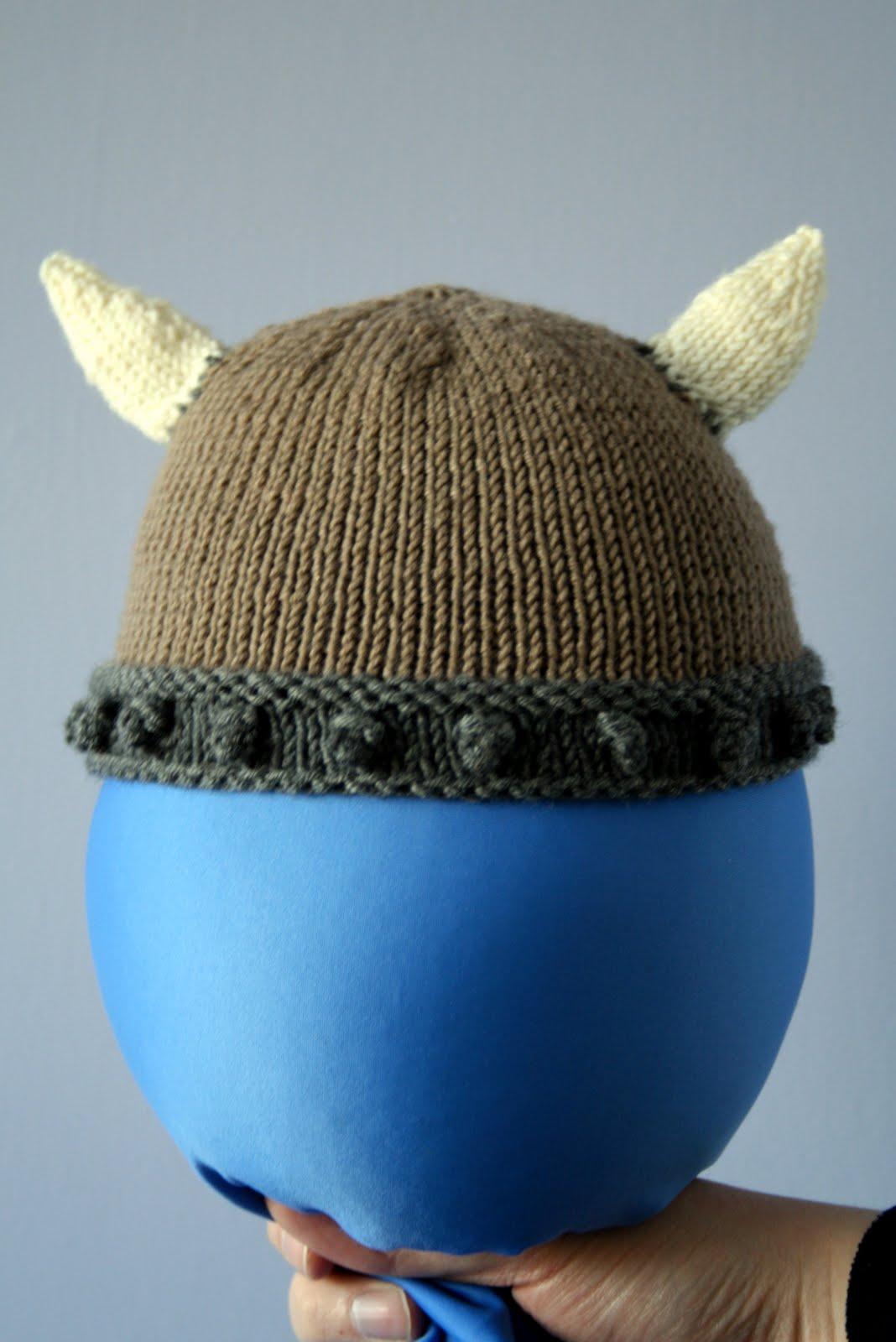 63e766c35b998 Pattern  Baby Viking Hat by Sarah Fama