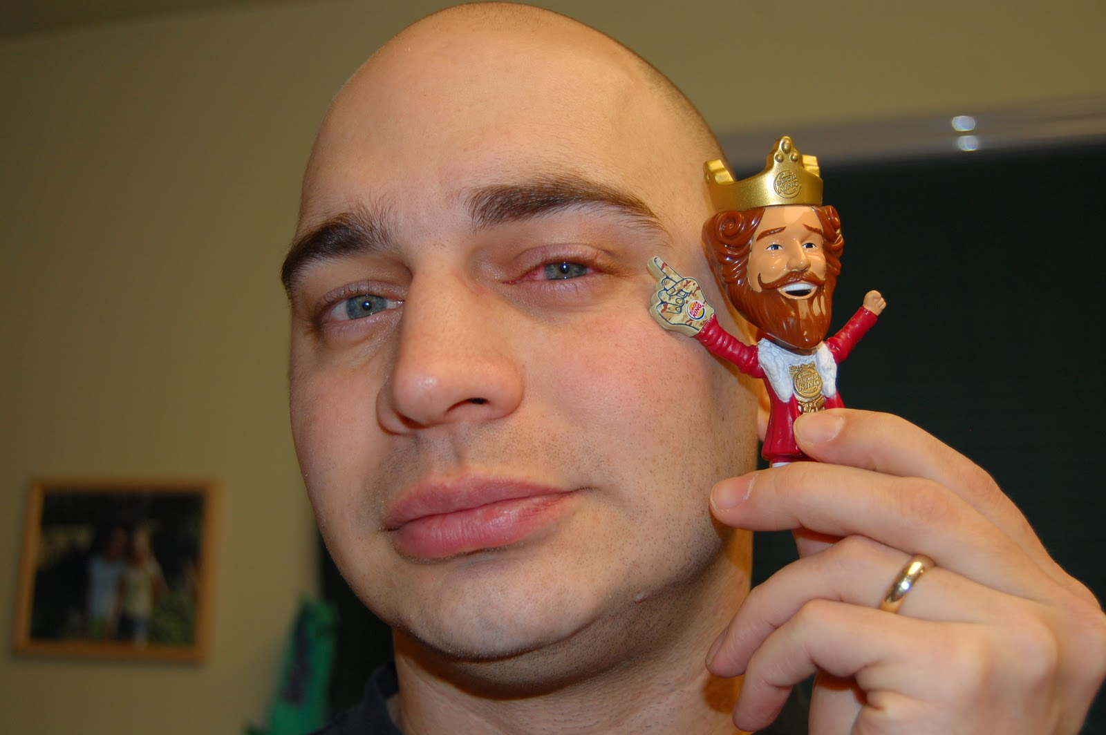 Cro & The King: The King and Pink Eye - photo#15
