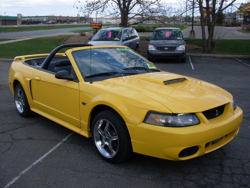Ride Auto 2001 Ford Mustang Gt Convertible 5 Speed