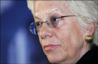 Carla Del Ponte - Chief UN War Crimes Prosecutor