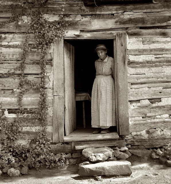 Image Result For Vintage Country Kitchen