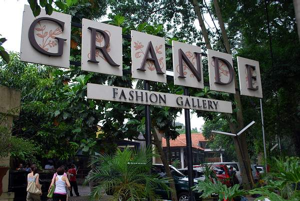 Dago Factory Outlets in Bandung