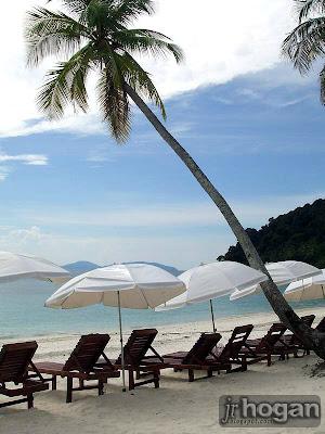 Beach Lang Tengah Island