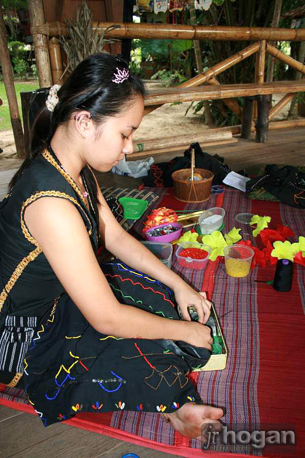 Penampang Kadazan Girl