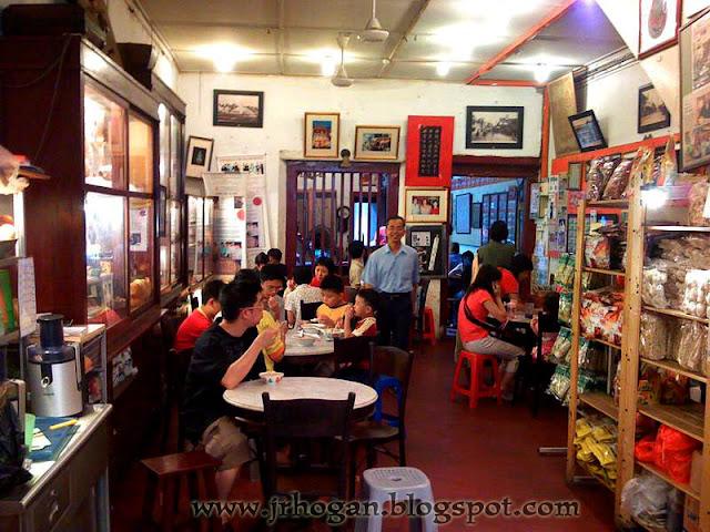 Jonker Street Famous Cafe