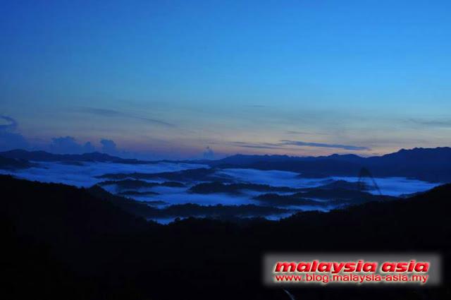 Sunrise at Kinabalu