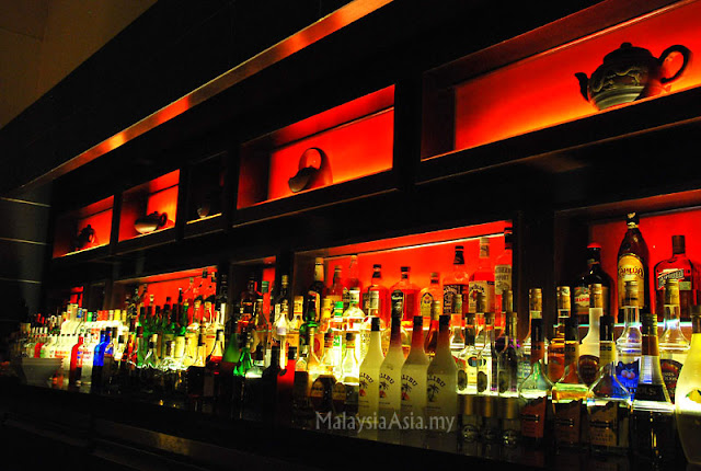 Bar at Rebak Island Resort