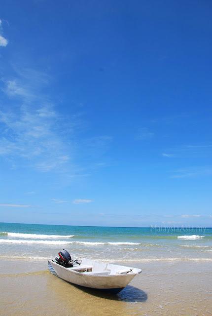 Beach at Kuala Penyu