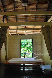 Traditional Thai massage room Krabi