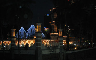 Masjid Jamek lighted up at night