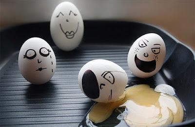 Desenhos em ovos