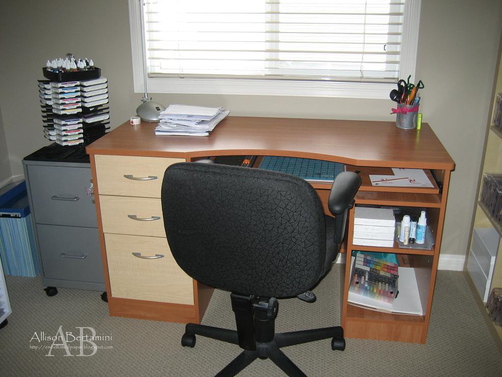 Craft Room Desk: Embellished Paper: My New Craft Room