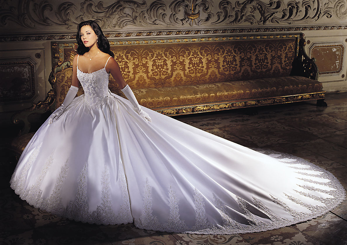 My Beautiful Picutre Album: White Wedding Dresses