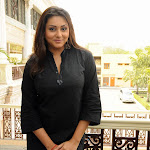 Namitha Hot Sexy Hq Wallpapers, Photo Gallery 11 04 2009