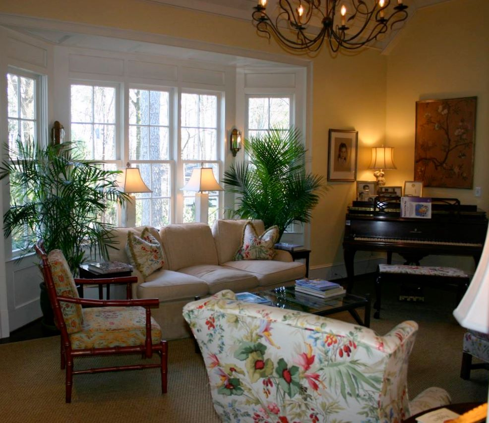 Whitehaven: A Beautiful Living Room