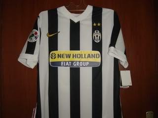 Baju Bola / Jersey Bola 2009-2010 (JUVENTUS)