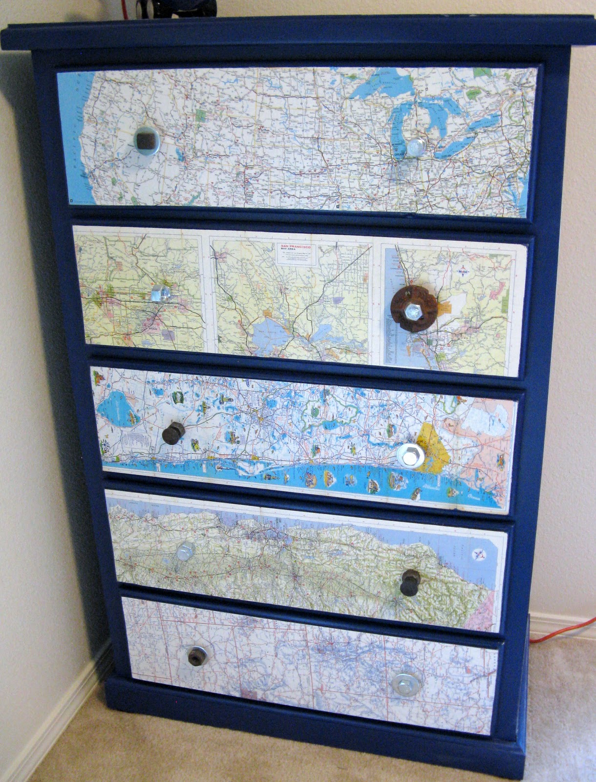 fifteen lot estimate drawer view catalog map auctions price in case three id sections stacking