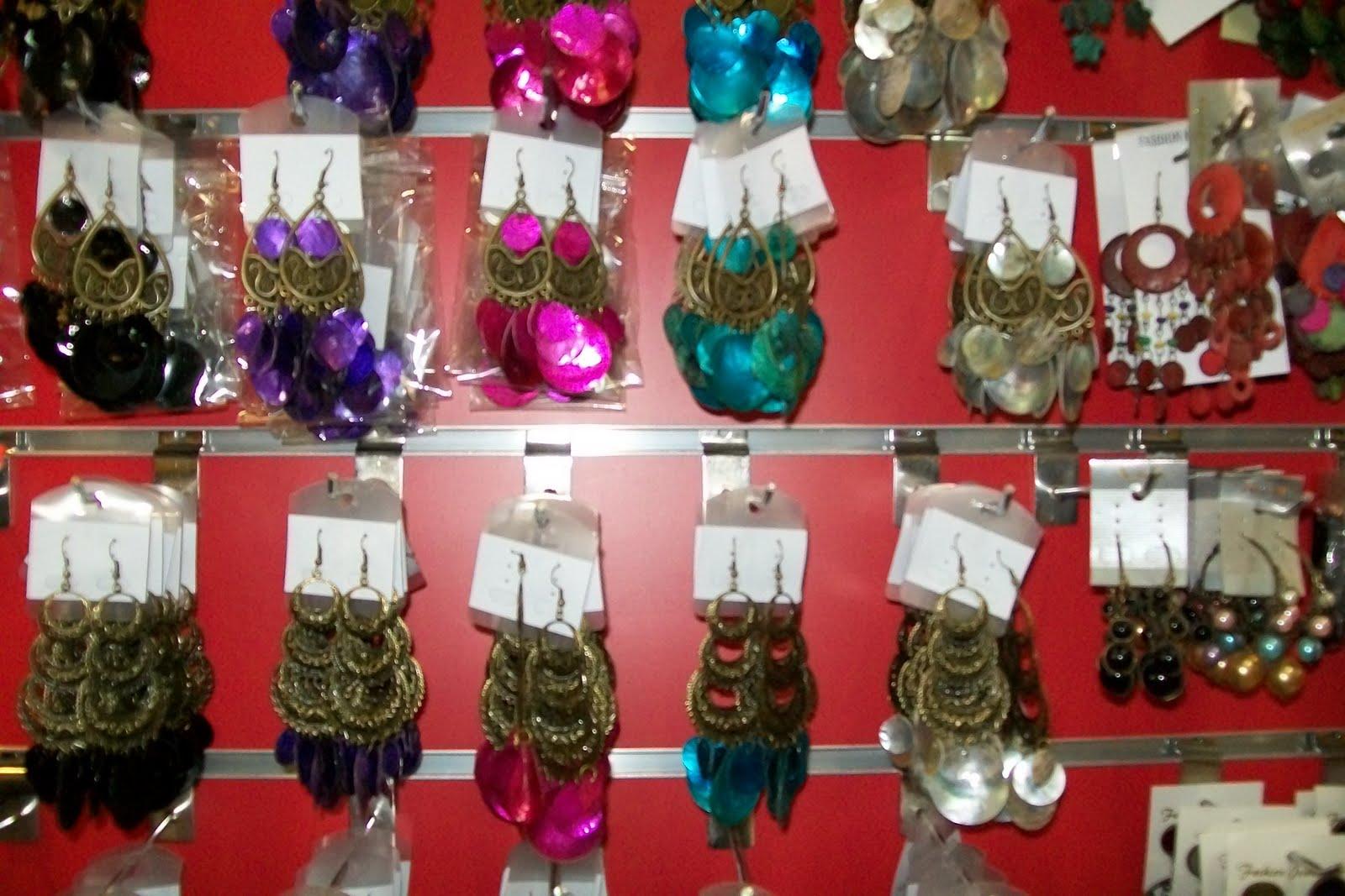 b5f60e5400ab tiendas mayoristas todo a 2 euros bisuteria moda y complementos ...