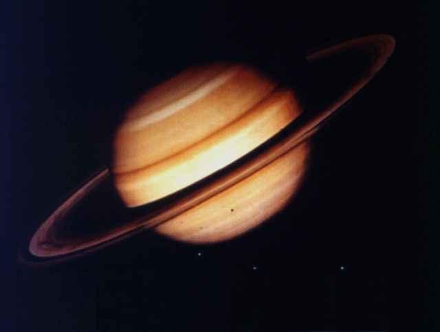 https://i1.wp.com/3.bp.blogspot.com/_sx_ZhyevwUM/TEtEy4siZII/AAAAAAAABa4/PRMcHW5-oyo/s1600/Saturno.jpg