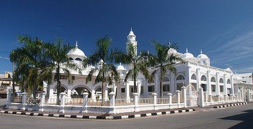 Image result for masjid putih kuala terengganu