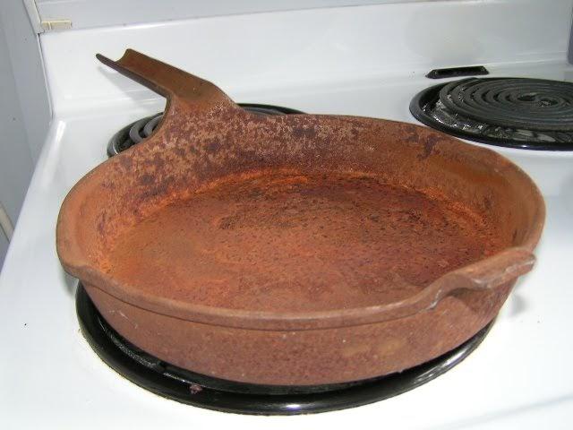 Curious Kai Reconditioning A Cast Iron Frying Pan