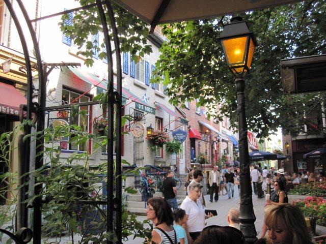 Eat In The Dark Restaurant Quebec City