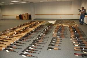Borderland Beat: 147 Assault Rifles Seized in Laredo Texas