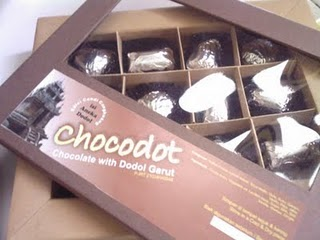 chocodot USAHA & PRODUK  Chocodot, Cokelat With Dodol Garut