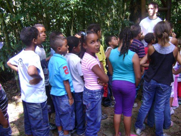 ASSOCIAÇÃO DE MULHERES AMIGAS DE JOVA RURAL: CCA Jova Rural no Núcleo do Engordador