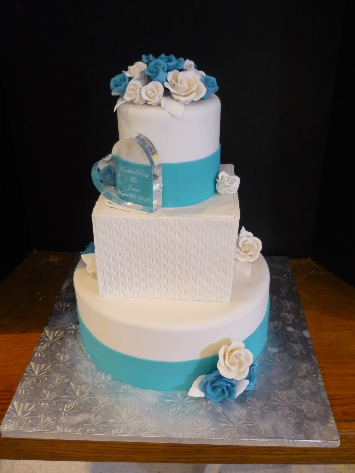 Fake Bottom Tier Wedding Cake