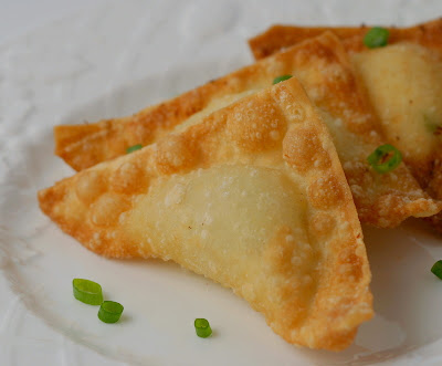 Big Bold Beautiful Food Crab Rangoon