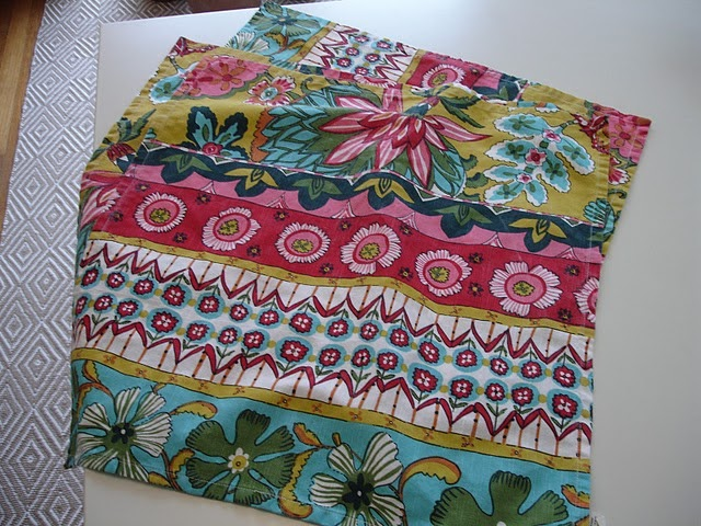 Loft Amp Cottage Diy How To Make A No Sew Table Runner