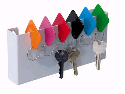 board with place to hang six different color-coded keyrings