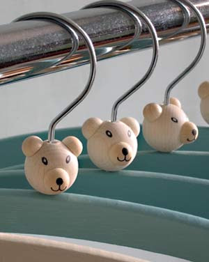 childen's hangers with teddy bears