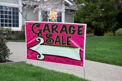 large garage sale sign