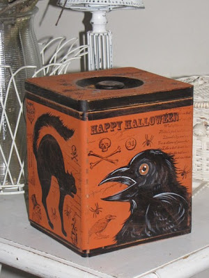 Halloween wooden box with cat and crow