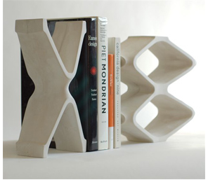 bookends - an X and two O's