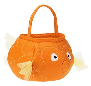 goldfish Halloween treat bag