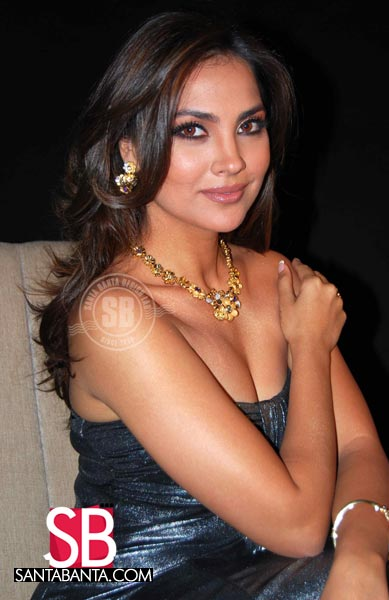 Bollywood Hot Actress Ever - Latest Entertainment News -7429