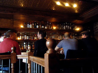 A Cozy, Little Speakeasy Hidden Off A Belltown Alley, Bathtub Gin U0026 Co. Has  A Limited But Fine Cocktail Menu And Various Romantic Nooks And Crannies.