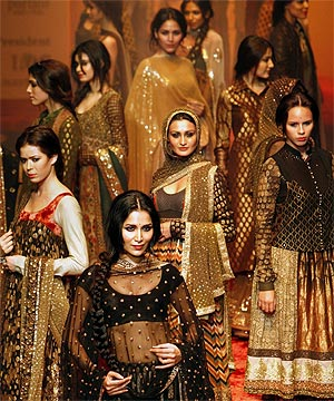 Fashion Week Updates Indian Fashion Industry