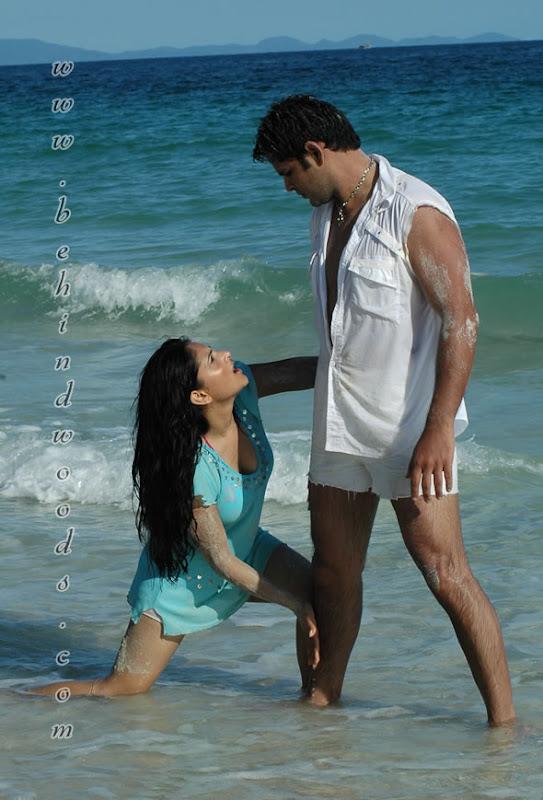 Hot Kannada Actress Ramya-8003