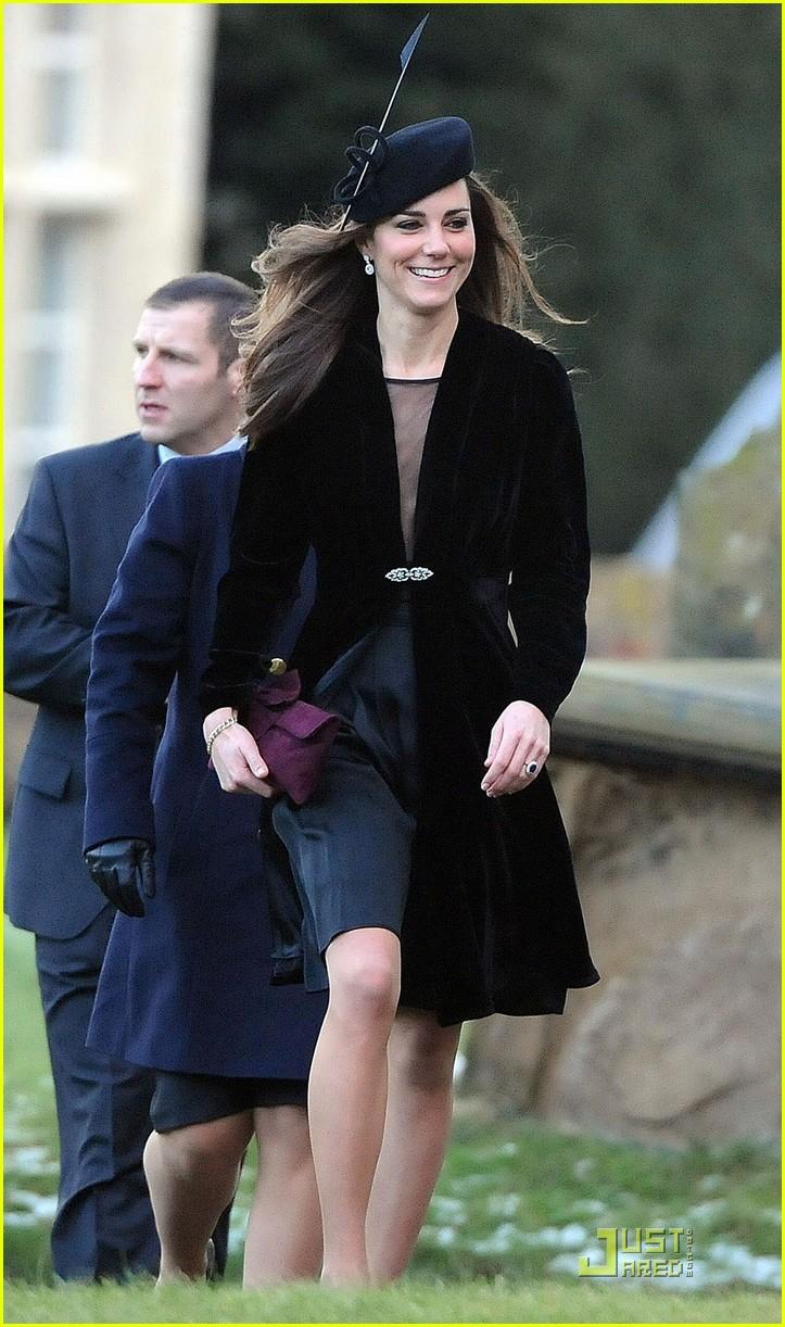 Princesses lives Kate Middleton attends wedding