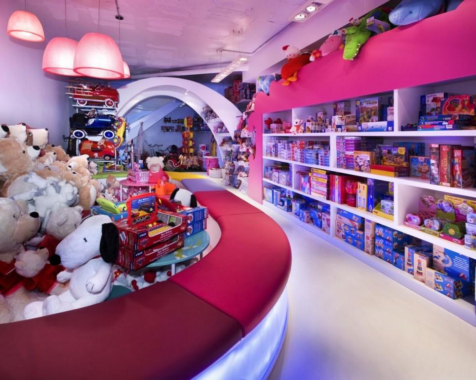 Uma moderna loja infantil em barcelona design innova - Magasin design barcelone ...