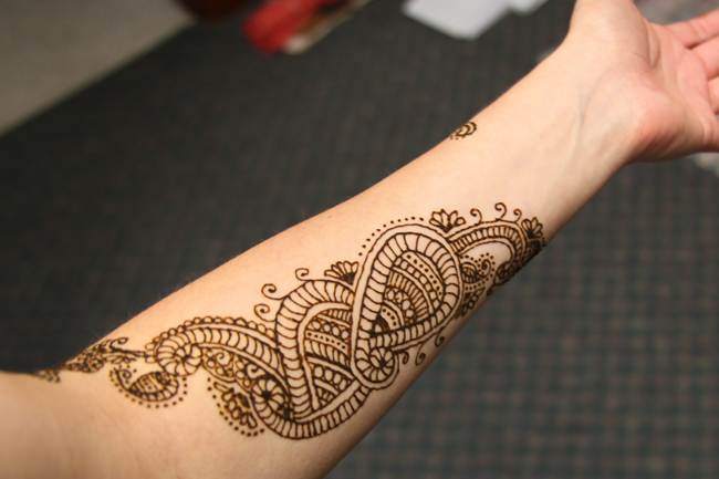 Lower Arm Henna Tattoo: A Journal: Henna Arm