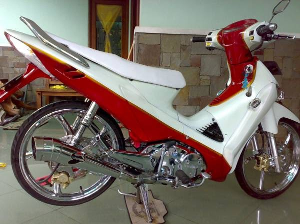 HOT MOTO SPEED: 2012 MODIFIKASI HONDA SUPRA X 125