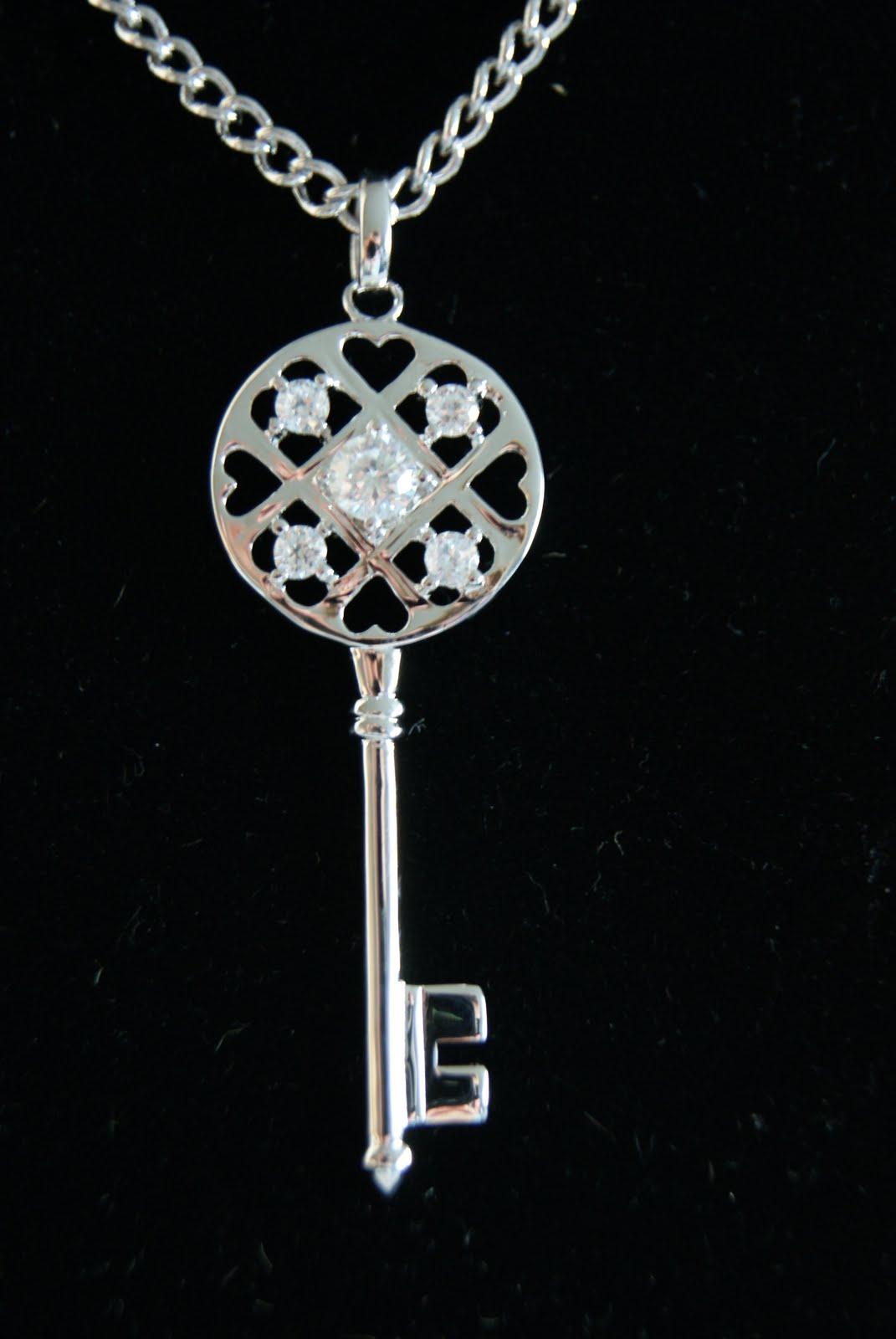 Även många andra nya smycken har vi så håll utkik!!! c019240d3300b
