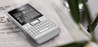 Sony+Ericsson+Aspen-4.jpg